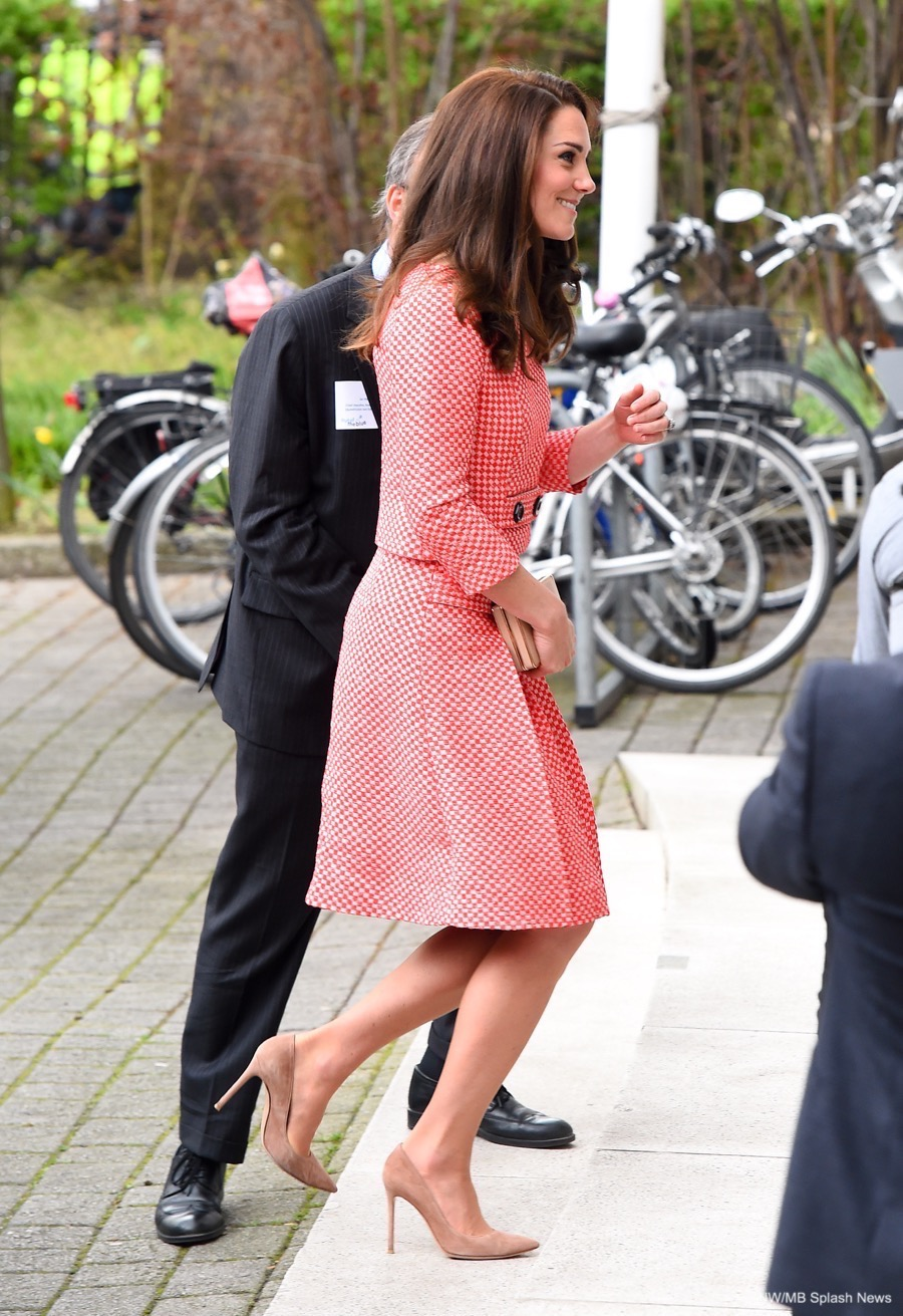 Kate Middleton wearing an Eponine London jacket and skirt to the Best Beginnings event in London