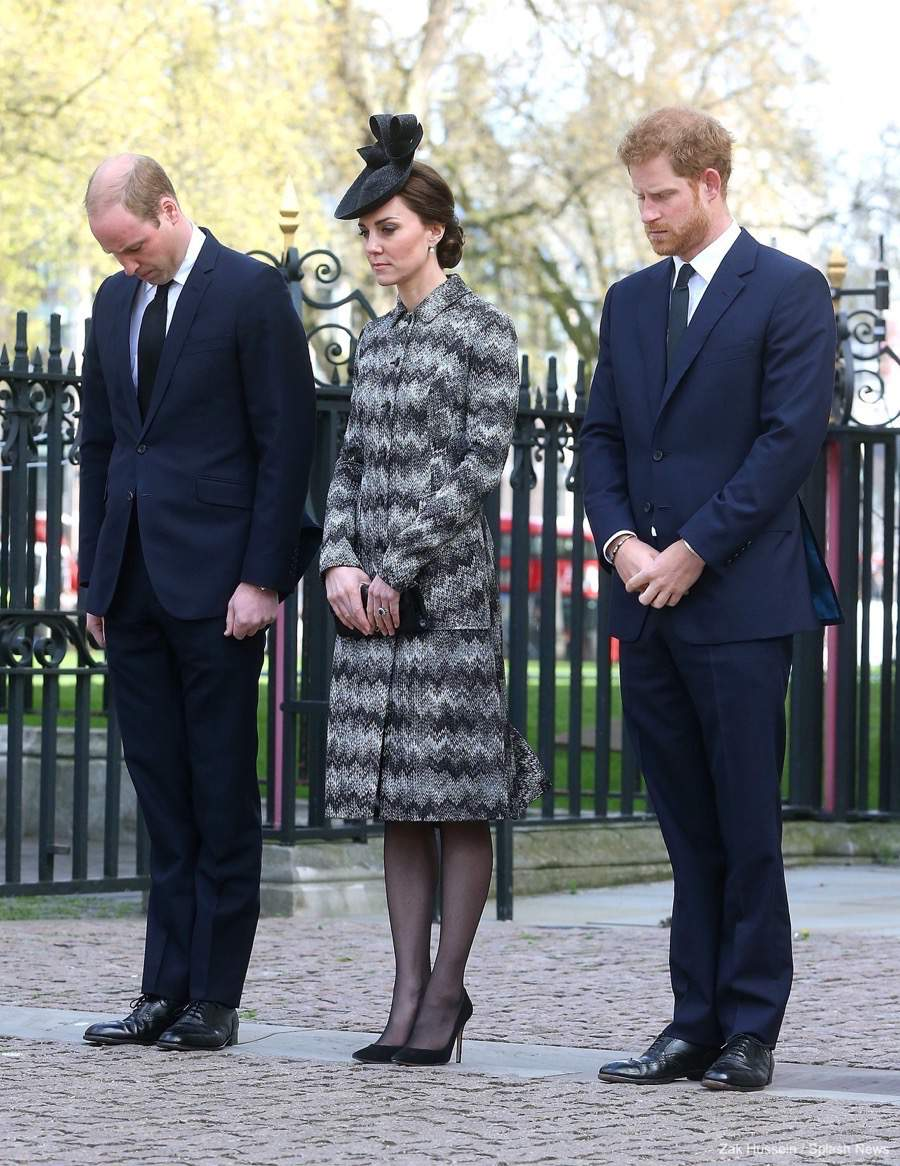Kate Middleton wearing her Gianvito Rossi 105 pumps in black suede