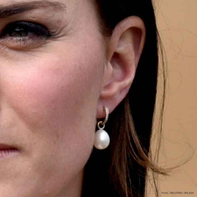 Kate Middleton wearing Annoushka pearl drop earrings