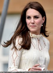 Kate Middleton wears Annouska pearl drop earrings