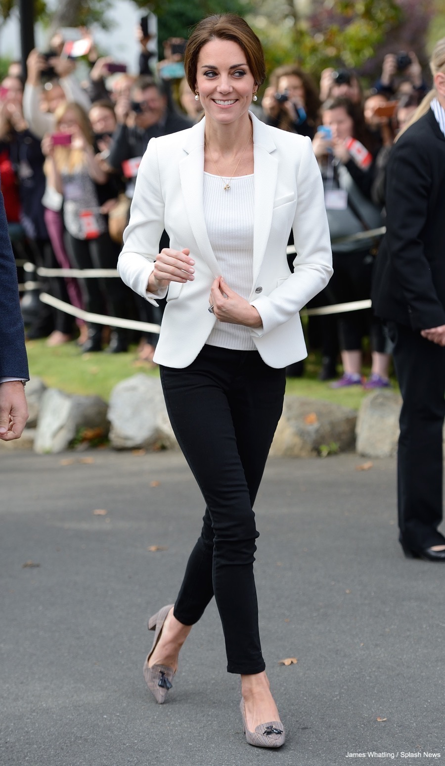 Kate Middleton wearing the white waffle blazer by Zara while on tour in Canada