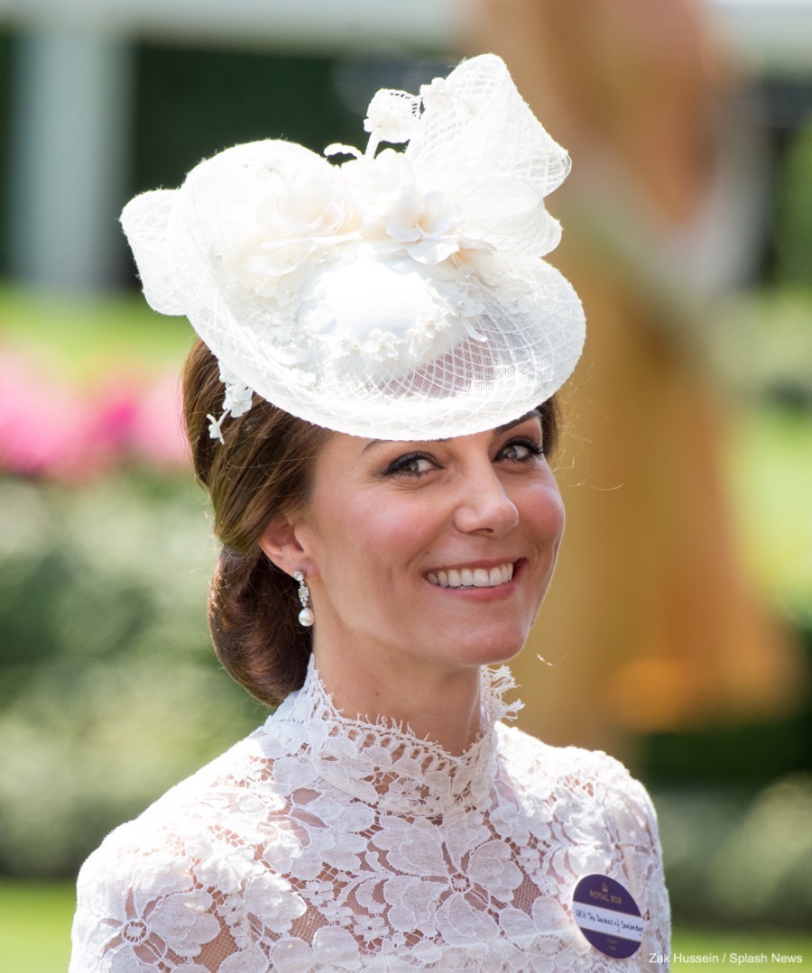 Copy Kate Middleton's white lace dress from ASCOT