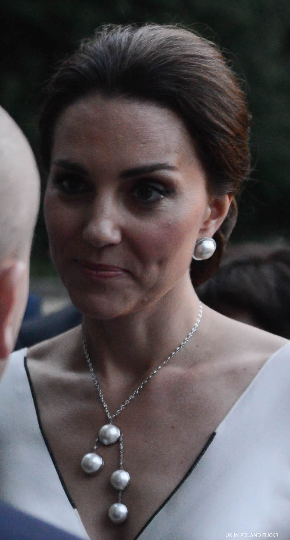 Kate Middleton statement necklace Poland