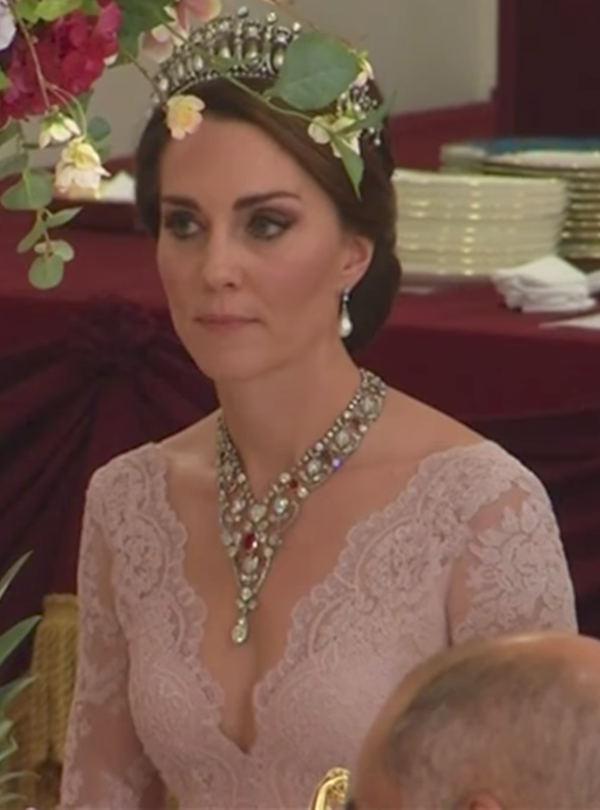 Kate chooses Marchesa gown for state banquet with Spanish royals
