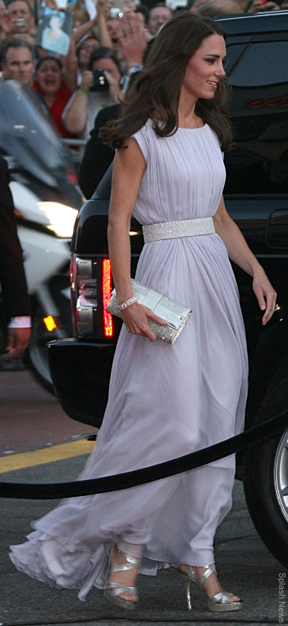 Kate Middleton wearing both Jimmy Choo sandals and a Jimmy Choo handbag