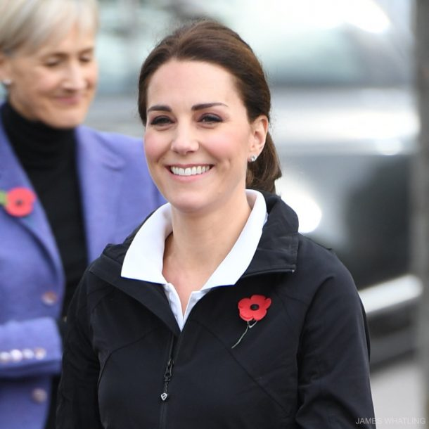 Kate Middleton wearing the Kiki McDonough Grace earrings during a tennis event in October 2017