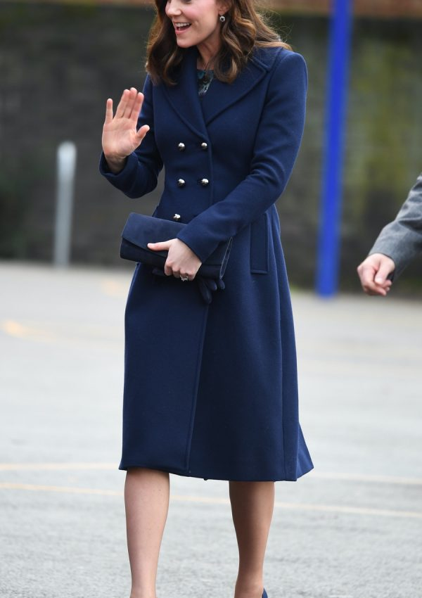 Kate Middleton Style We Love Kate S Outfits Fashion Sense