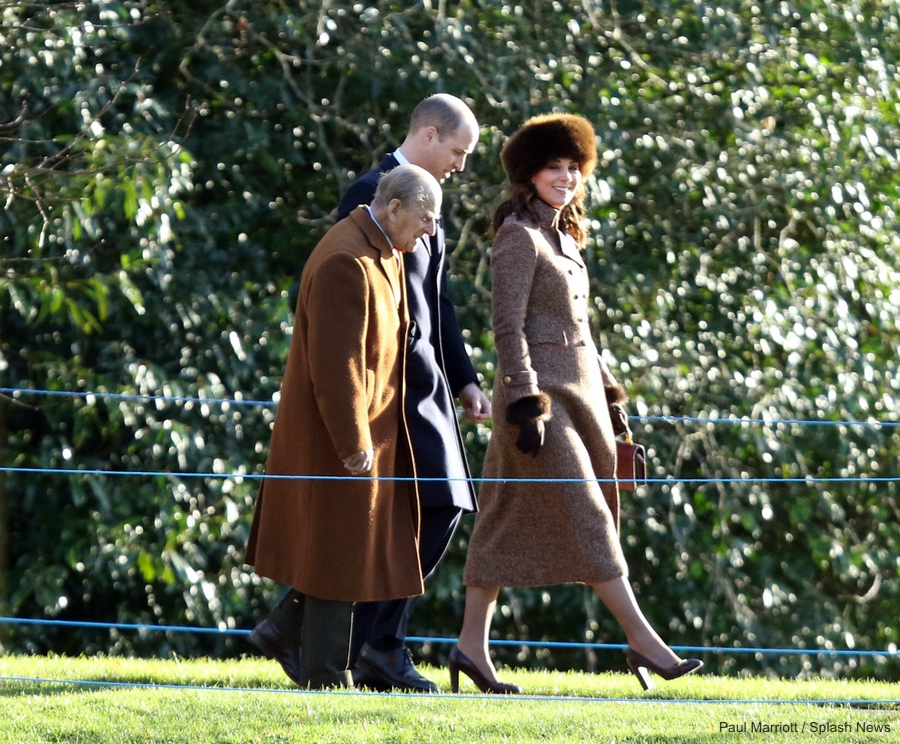 Chanel Calfskin Bag With Enamel Handle Kate Middleton Style Blog