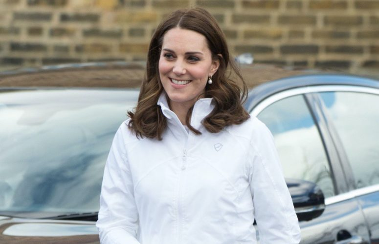 Kate keeps it casual for tennis engagement at Bond Primary School, Mitcham