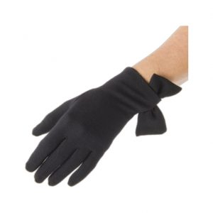 Kate Middleton's black bow gloves