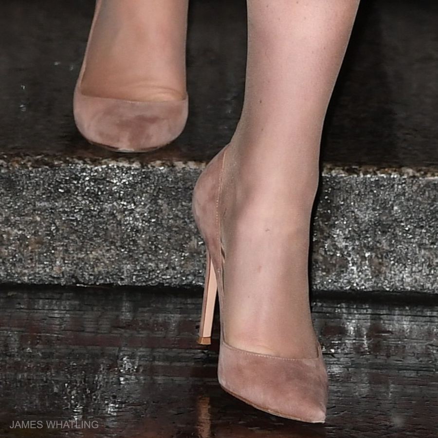Kate Middletons nude gianvito rossi shoes at the National Portrait Gallery