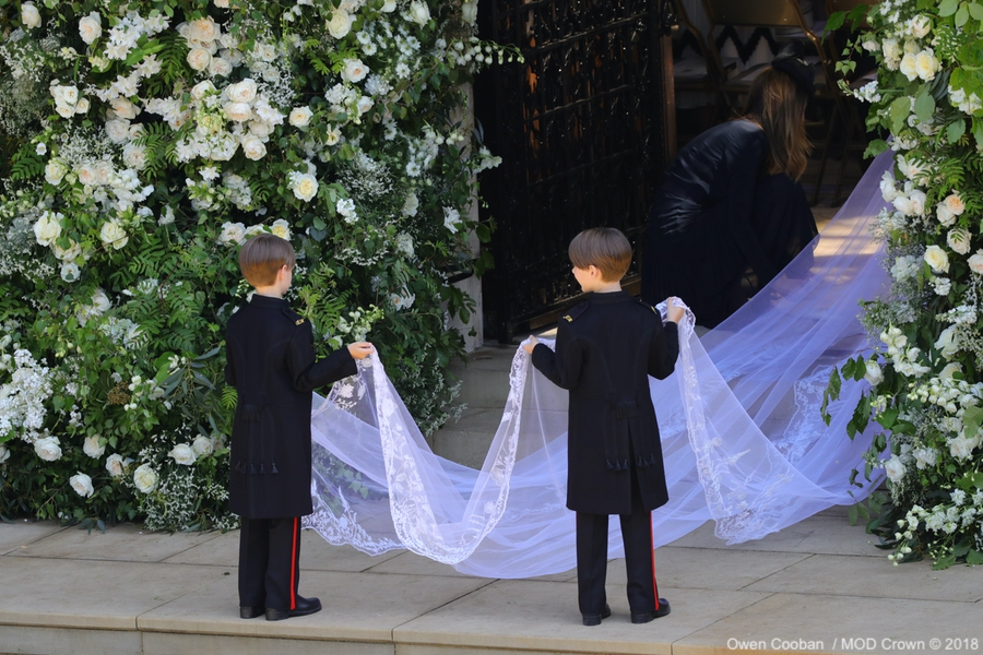 Meghan Markle's floral veil being held by the page boys
