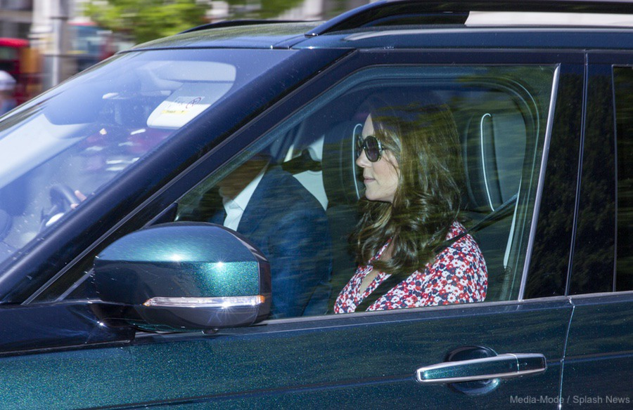 Kate middleton arrives in windsor wearing pink michael kors dress kate arrives in windsor for harry and meghans wedding rehearsal junglespirit Image collections