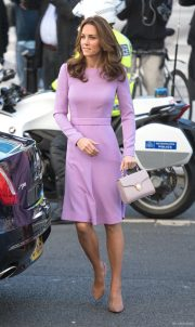 Kate Middleton wearing her purple dress at the World Mental Health Day Summit in London