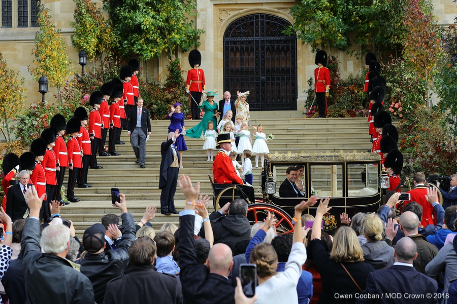 Princess Eugenie and Jack in the carriage